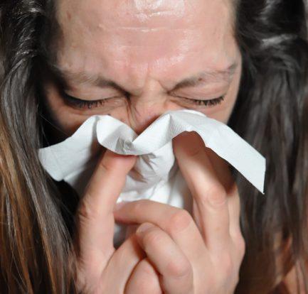 Rimedi naturali per il raffreddore: ecco come curarlo
