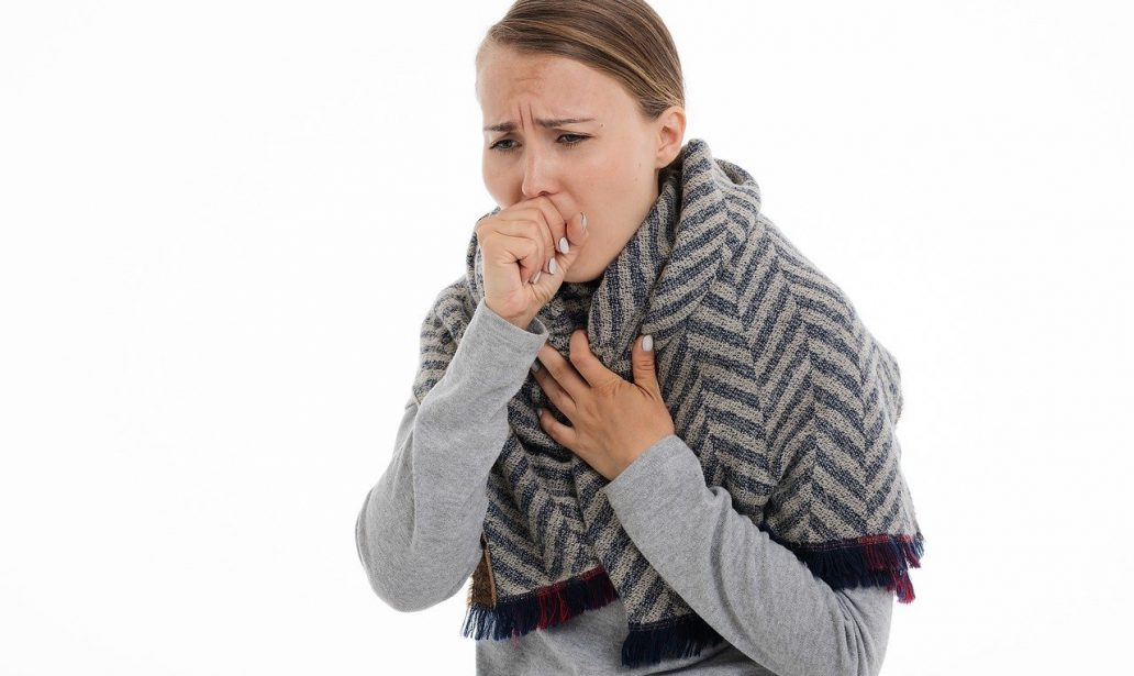 4 efficaci rimedi naturali per la tosse