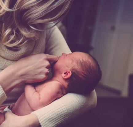 Diventare madre: il ruolo materno